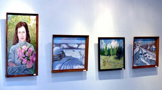 Выставка картин местной художницы Людмилы Грищенко открылась в Калаче