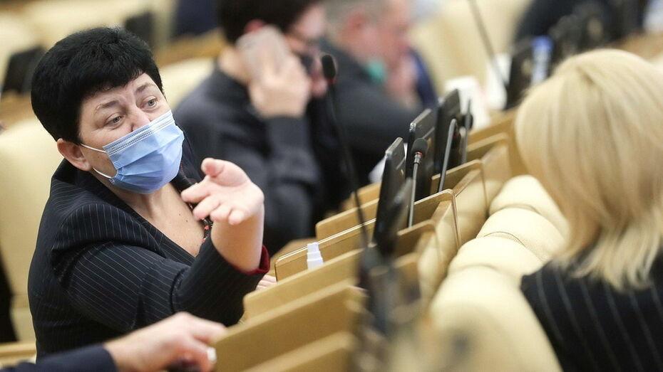 Законопроект о штрафах за хамство чиновников приняла Госдума РФ