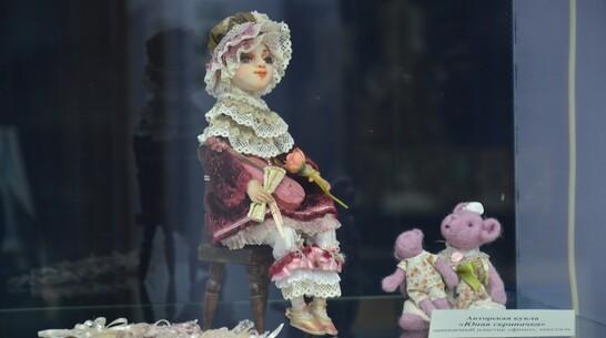 Выставка авторских кукол открылась в Острогожске