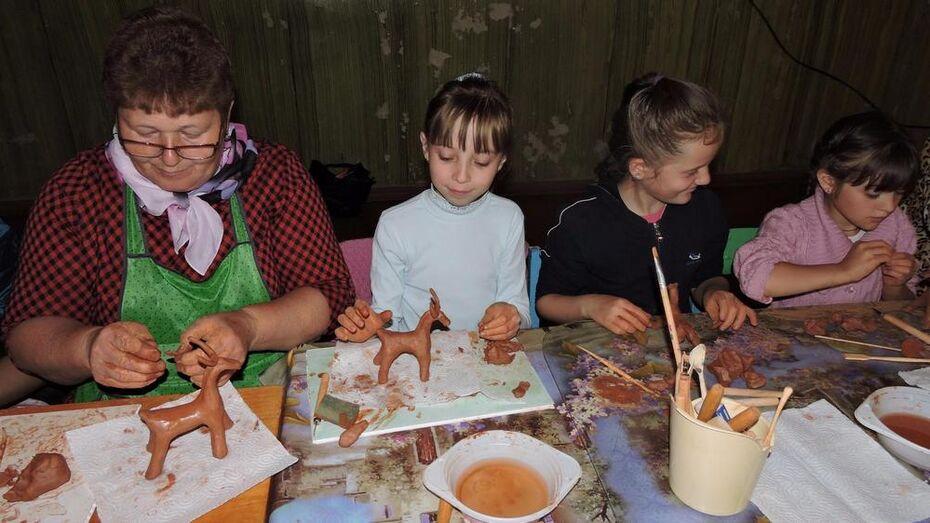 В терновском селе открылась керамическая мастерская «Живая глина»