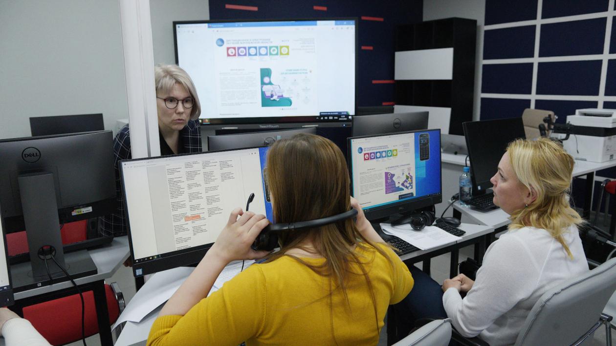 «Как раньше уже не будет». Воронежские учителя, ученики и родители – о дистанте