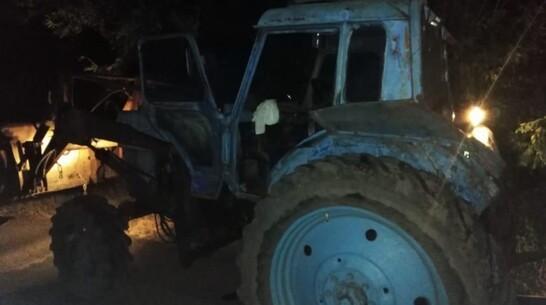 В Воронежской области мотоциклист «догнал» трактор и попал в больницу