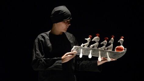 «Одиссея» в Воронеже представили 40 кукол из дерева и папье-маше