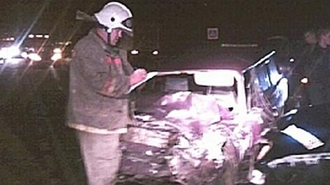 Под Воронежем «Лада» столкнулась с иномаркой: двое погибших