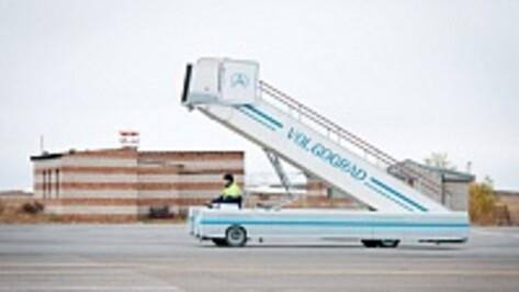 Пассажиры воронежской авиакомпании 11 часов провели в Волгограде после вынужденной посадки