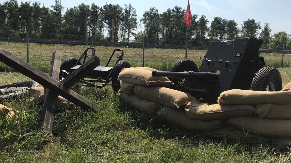 Под Воронежем заработала экспозиция военной техники и вооружения