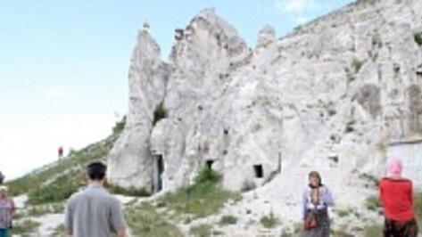 Ученые напишут путеводители по пещерным храмам Воронежской области