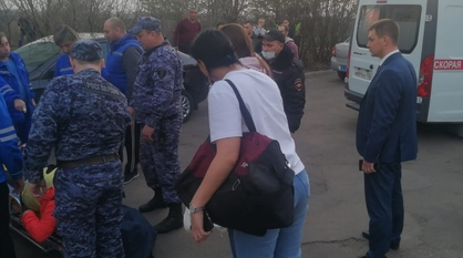 Девочка выпала из окна многоэтажки под Воронежем