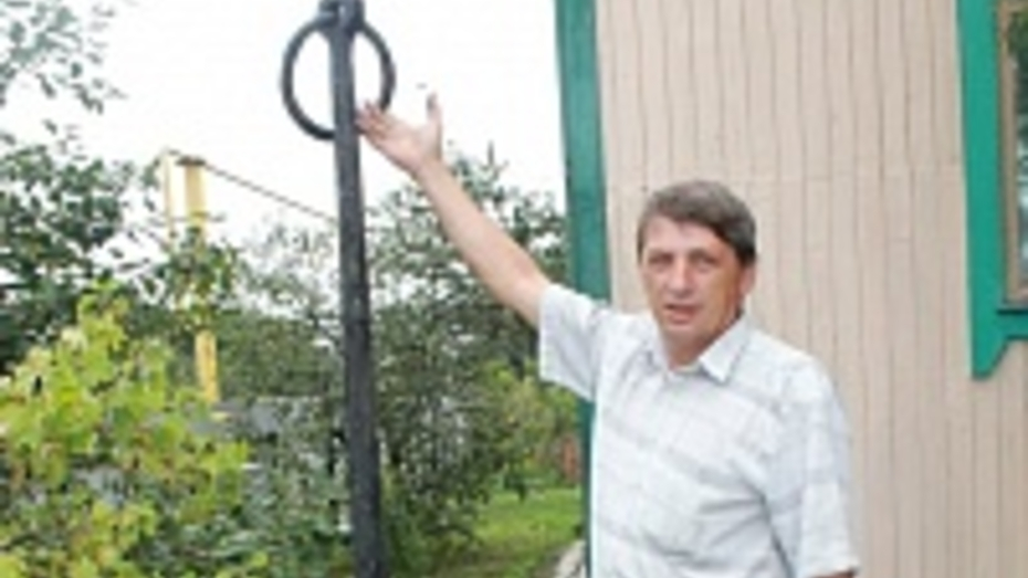 Житель Петропавловского района нашел в Дону старинный якорь