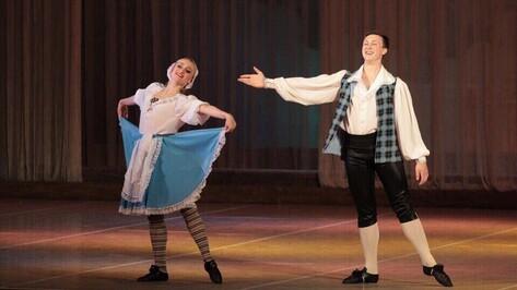 Воронежские артисты поддержат концертом 21-летнего танцора без ноги