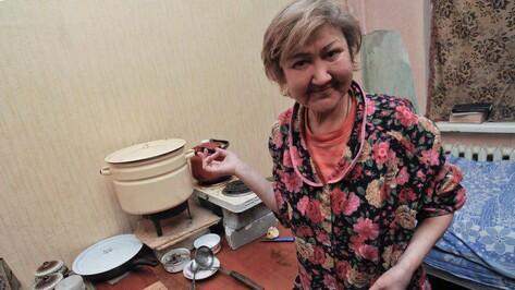 Воронежские волонтеры объявили сбор денег на подарки бездомным женщинам