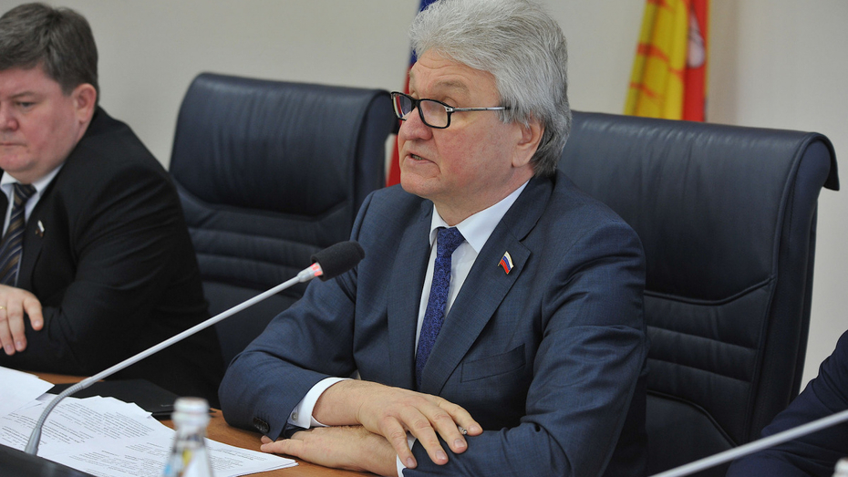 Председателем Воронежской гордумы переизбрали Владимира Ходырева