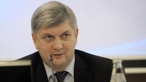 Мэр Воронежа вернулся в тройку лидеров медиарейтинга глав столиц регионов ЦФО