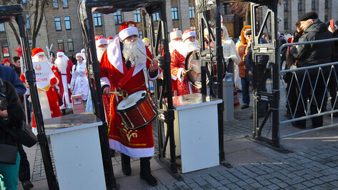 На площади Ленина в Воронеже поставят 240 турникетов на новогодние каникулы