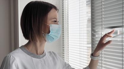 Эмоции пациентов, разлука с семьей, прививки. Как воронежские медики пережили год пандемии