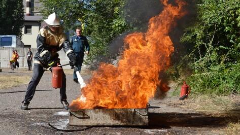 В Лисках прошли соревнования по пожарно-прикладному спорту