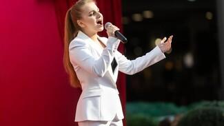 Воронежская вокалистка Виктория Соломахина: «На дистанционке хоть выспалась»