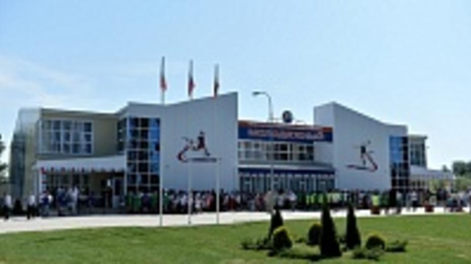В поселке Таловая открылся первый современный ФОК