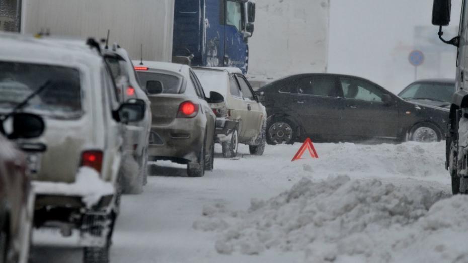 В Воронеже пьяный водитель устроил ДТП с 6 машинами