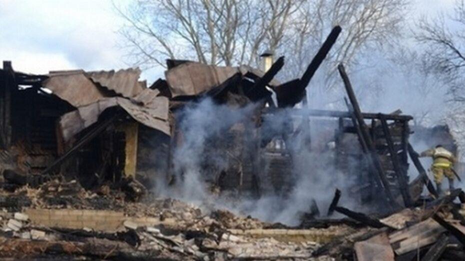 В Каширском районе из-за неисправности газового оборудования сгорел дом