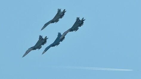 В Воронежской области летчики отработали вывод Су-34 из-под удара