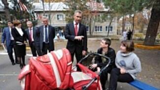 Павел Астахов предложил создать в Воронеже филиалы детсадов для украинских переселенцев
