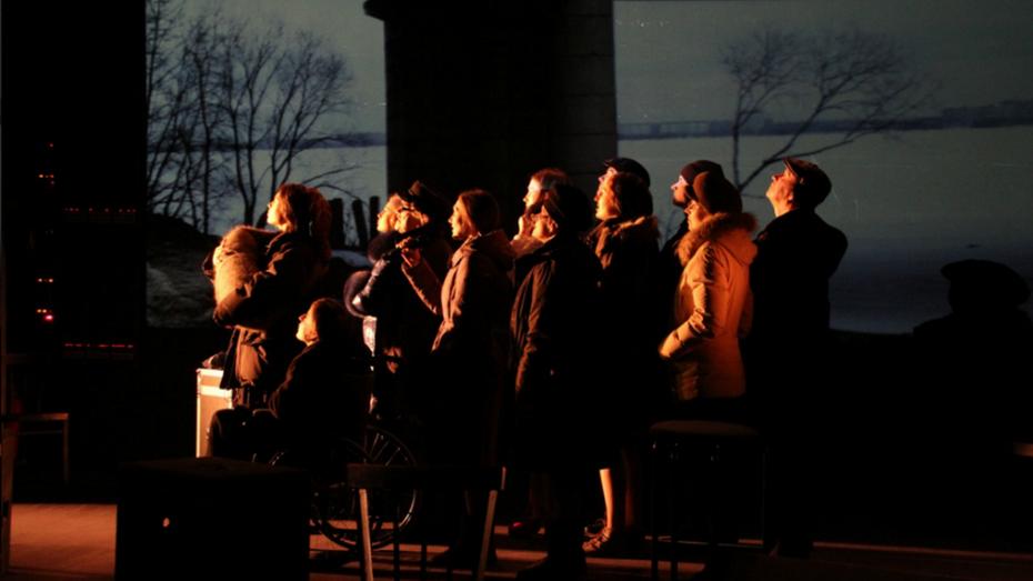 Петербуржцы увидят «День города» воронежского Камерного театра