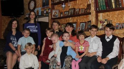 «Все они наши». Мать 12 детей получила знак «Матери земли Воронежской»