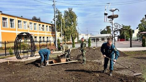 В Панинском районе стартовал месячник по благоустройству