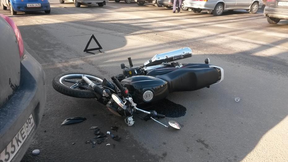 В Семилуках разбился мотоциклист