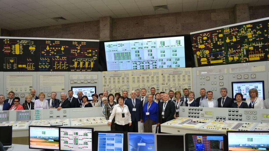 Общественные лидеры обсудили на площадке Нововоронежской АЭС празднование 100-летия ВЛКСМ