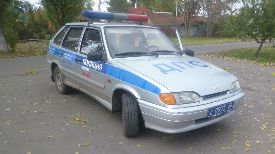 В Таловском районе водитель Mercedes задолжал по штрафам более 200 тыс рублей