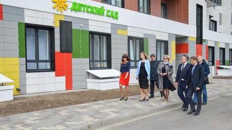 Мэр Воронежа проинспектировал новый детсад на 9 Января и строящийся садик в Шилово