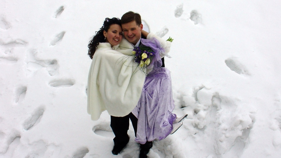 В День влюбленных в Воронежской области поженятся 218 пар