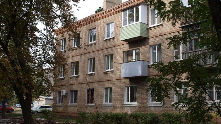 Семилукский район стал худшим в области по взносам за капремонт