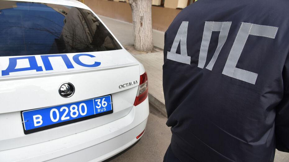 Воронежские полицейские поймали пьяной за рулем мать, перевозившую 2 детей