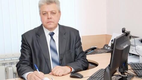 Руководитель бутурлиновского филиала МФЦ получил награду из рук Алексея Гордеева
