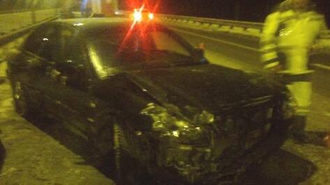 Водитель иномарки пострадал в ДТП с автобусом в Воронежской области