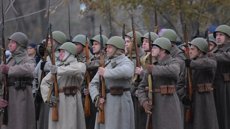 Реконструкция воронежского Парада 1941 года собрала более 500 человек