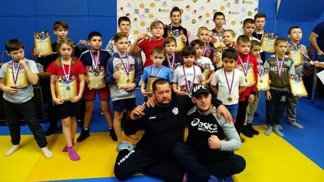 Лискинские спортсмены завоевали 14 золотых медалей на областном турнире по панкратиону