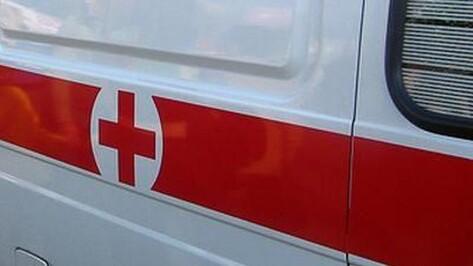 В Воронеже иномарка во дворе сбила школьницу