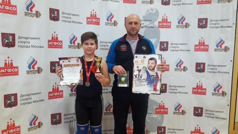 Калачеевские тяжелоатлеты выиграли «серебро» и 2 «бронзы» на всероссийском турнире