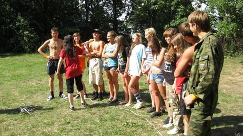 Хохольским детям выделят 17 путевок в летние лагеря
