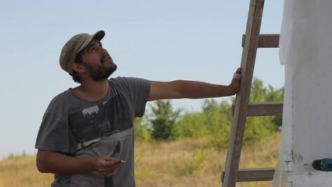 Московский художник Андрей Кузькин покажет в Воронеже свои «Привязанности»