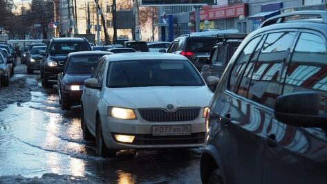 Воронежские коммунальщики назвали причину потопа на Среднемосковской