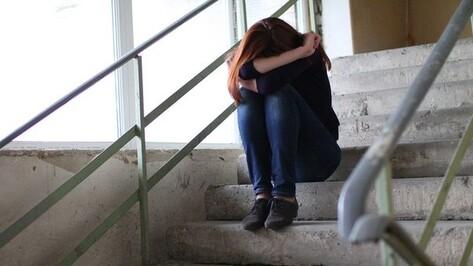 Под Воронежем пятеро парней изнасиловали девушку с остановки