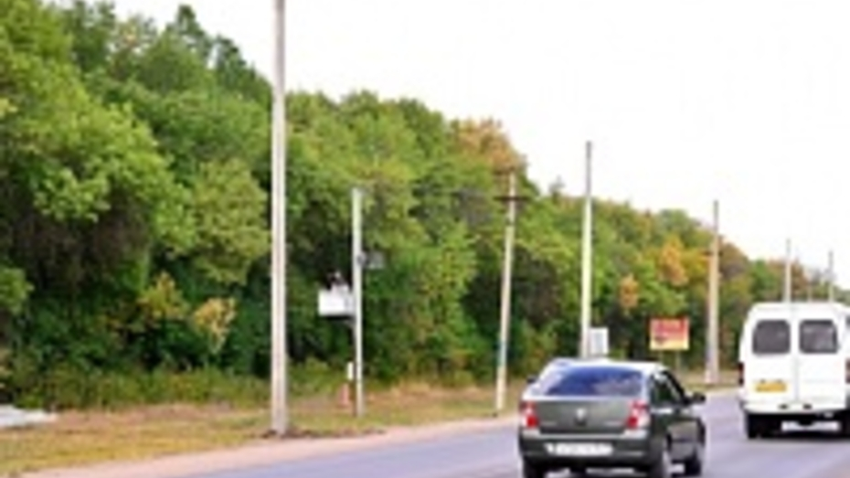 На самой аварийной улице Семилук установят фонари