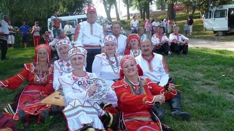 Хохольские артисты стали лауреатами межрегионального фестиваля «Песни над Доном»