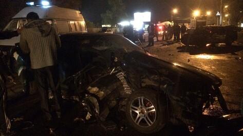 В Воронеже пьяный водитель спровоцировал ДТП: двое погибли и пятеро пострадали