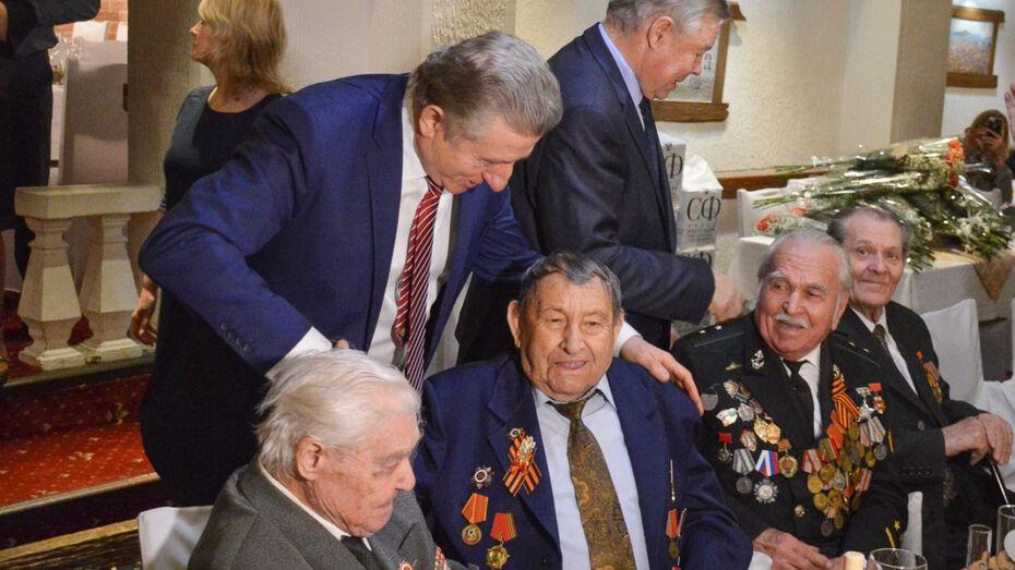 В День освобождения Воронежа сенатор Сергей Лукин поздравил ветеранов